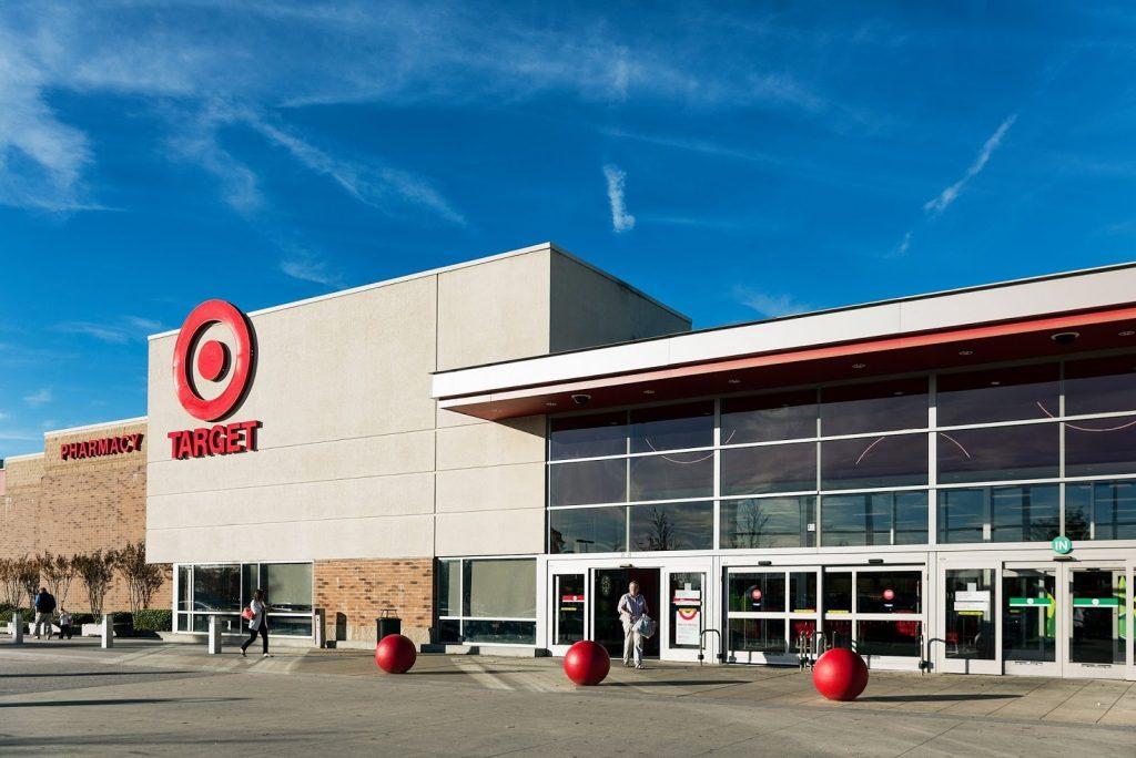 Target đã tăng giá trị cổ phiếu lên hàng tỷ đô la nhờ vào chuyển đối số trong kinh doanh.